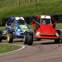 Palmer just holds on to win at Lydden Hill